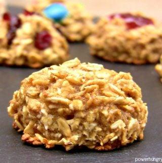 2-Ingredient Oatmeal Cookies {gluten-free, refined sugar-free, vegan}