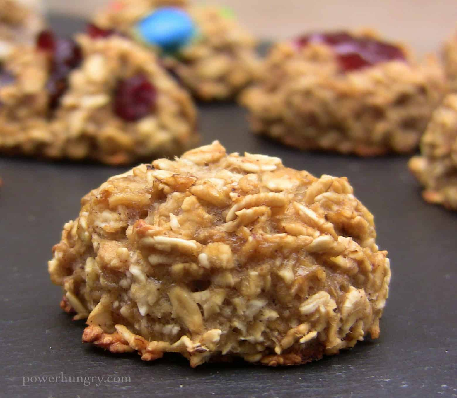 2-Ingredient Oatmeal Cookies {gluten-free, refined sugar-free, vegan}