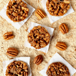 Healthy Pecan Pie Bites {4-ingredients, vegan}