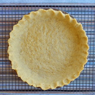 No-Roll Chickpea Flour Pie Crust {grainfree & glutenfree}